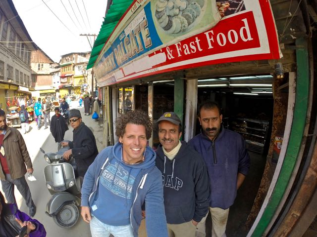 is kashmir safe for tourists 3