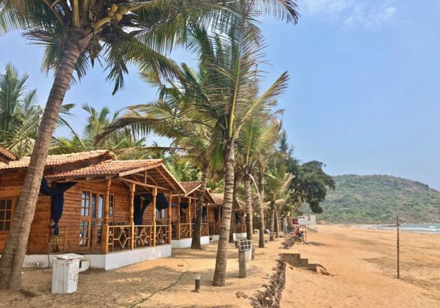 agonda beach accommodation