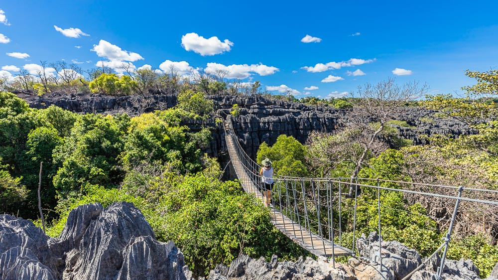 madagascar travel ankarana tsingy hanging bridge