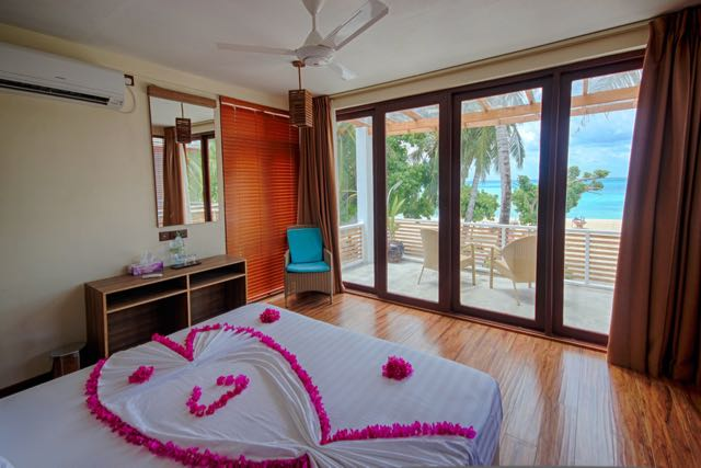 budget hotels in maldives kinan guesthouse fulidhoo