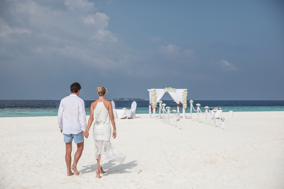 getting married in maldives 2018