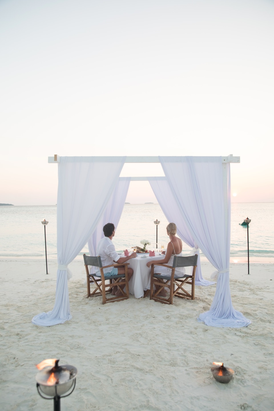 private  sunset dinner anantara kihavah