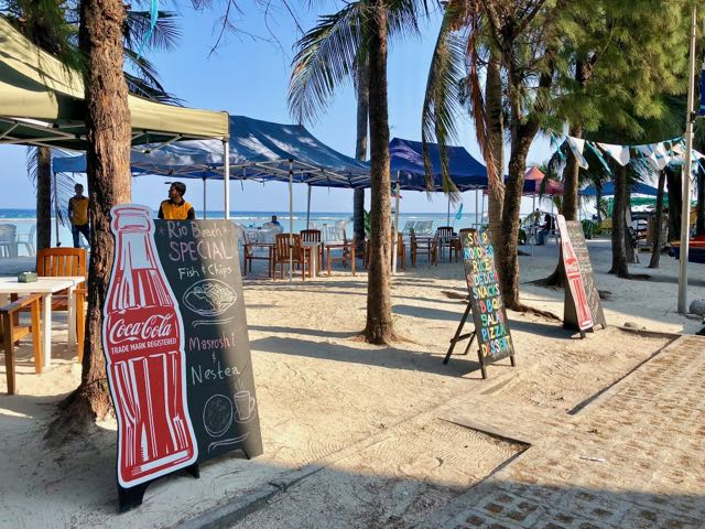 hulhumale beach restaurants