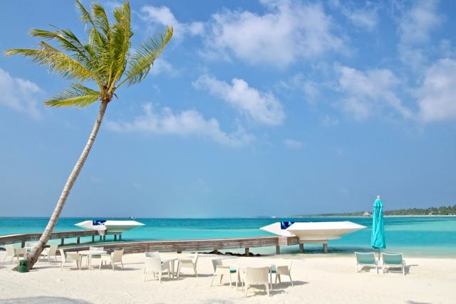 lifestyle resort in maldives 3