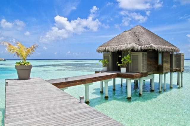 best luxury hotels in maldives 22