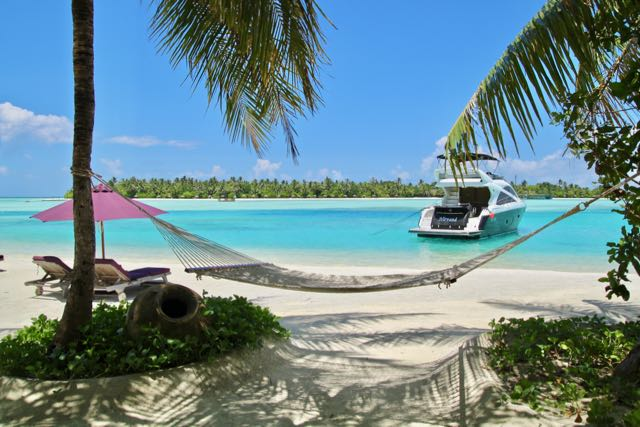 villas in maldives with private pools 5