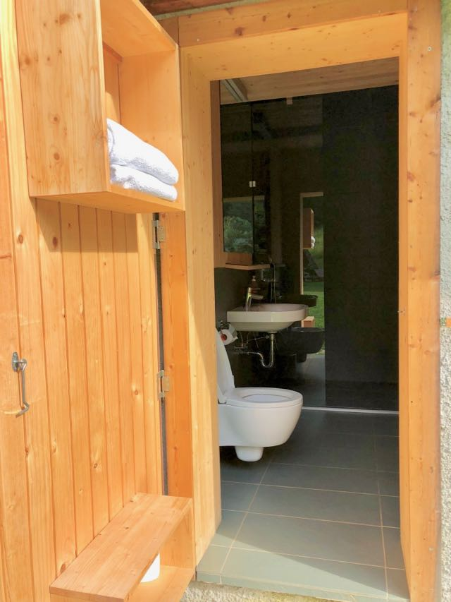 bathroom glamping lake bled