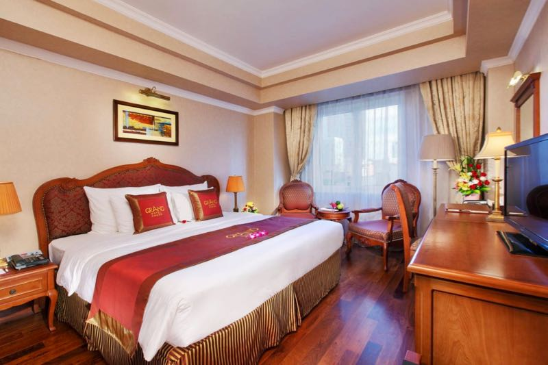 grand hotel saigon room